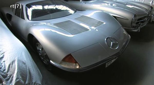 Mercedes-Benz C111 experimental vehicle